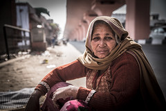 A women on street (Dio Wong) Tags: travel india color canon photography colorful streetphotography travelphotography charactersketch travelphoto diowong