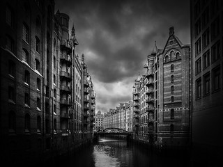 Darkness over Hamburg