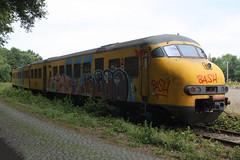 513 - ns - wt - 13709 (Benz Fahrer) Tags: t ns plan 64 mat 500 sloop nsr 513 stoptrein schade terzijde weert
