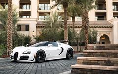 Whitesse. (Alex Penfold) Tags: white cars alex car dubai super autos bugatti supercar supercars veyron vitesse penfold 2016 whitesse