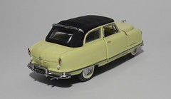 1950 Nash Rambler Custom Convertible (6) (dougie.d) Tags: usa scale car franklin model mint bathtub hudson nash rambler cabrio 1950 modelcar cabriolet pininfarina 143 diecast kelvinator landau franklinmint airflyte automodel modelauto
