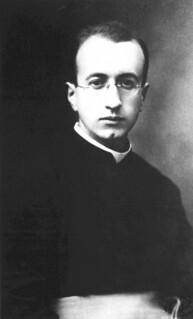22. Padre Manuel Larraín