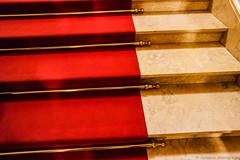 roter Teppich (Schwarz-Photography) Tags: museum architecture stairs gold cityhall hamburg treppe architektur townhall rathaus