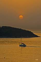 Back home (EAO72) Tags: sunset sea sky sun clouds turkey islands boat marine trkiye istanbul yachts heybeliada marmara gnbatm gne akam adalar