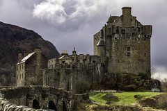 The Most Photographed Castle  In Scotland (devil=inside) Tags: castle scotland highlands historic eileen tamron donan handphotography sonya65