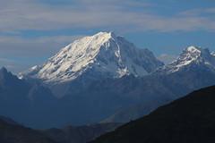 La Veronica desde Quillabamba (felipeylavida) Tags: mountain peru landscape hiking per veronica quillabamba laveronica laconvencin nevadoveronica