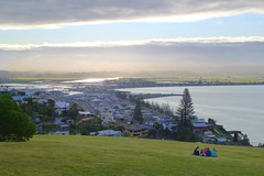 Picnic At Sunset (gec21) Tags: newzealand panasonic nz napier hawkesbay 2015 dmctz20