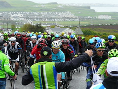 Lunchtime Rush 2 (mdavidford) Tags: wet rain sport race bag cycling delivery dangle hang bushmills stage2 supply peloton giroditalia feedzone handingout musette soigneur whiteparkroad cannondaleprocycling