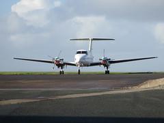 G-OLIV parked. (aitch tee) Tags: dragonfly aircraft beech turboprop walesuk cardiffairport superkingair maesawyrcaerdydd cwlegff goliv