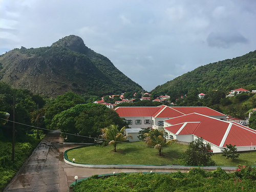 Saba University School of Medicine, The Bottom.