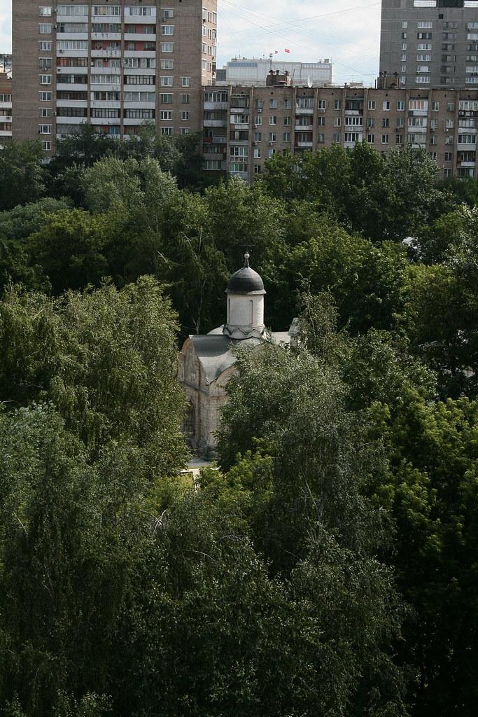 фото: Церковь св. мч. Трифона в Напрудном (Москва)