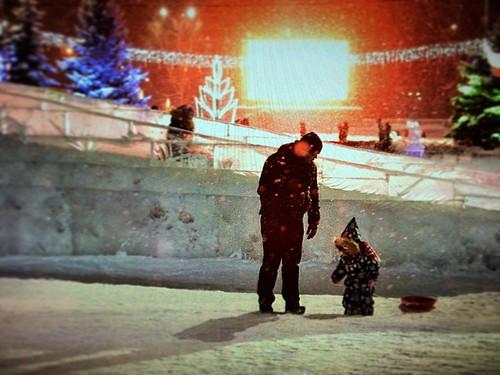 #папинадоча #папиндруг #елка #площадь #новыйгод #белыйснег #горка #ледянка #зима