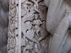 Cattedrale (Antonio De Capua) Tags: cathedral relief sicily portal romanesque palermo sicilia romanico arabesque cattedrale portale bassorilievo arabesco