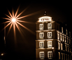 Shadow and Light (Matthieu Manigold) Tags: street light shadow paris france architecture night hotel nikon streetphotography nuit lampadaire d7100