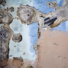 Didascalie (Gerard Hermand) Tags: 1203118220 dijon peinture gerardhermand france eos5dmarkii abstract abstraction abstrait bleu blue mur paint wall canon
