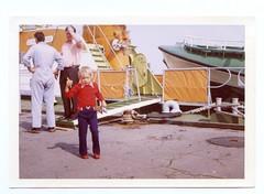 (Kaopai) Tags: ship kind ufer hafen schiff 1973 sar borkum farbfoto 1970er georgbreusing rettunskreuzer seenotrettunskreuzer