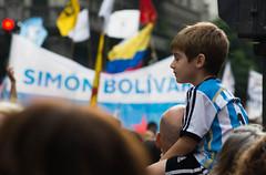 (Jcgquiroz) Tags: street people argentina kid buenosaires bolivar más simón bsas manifestación nunca golpemilitar