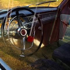 Volvo PV Reflections (David Abresparr) Tags: volvo classiccar pv steeringwheel pv544 ratt volvopv veteranbil volvocars handskfack