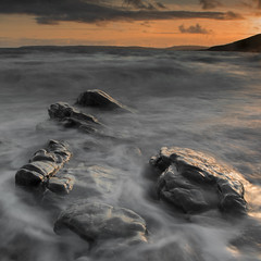 Guileen Sunset (Des Daly) Tags: ireland sunset seascape rock cork sidelight guileen