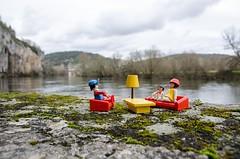 Salon Playmobil Au bord du Lot (lyli12) Tags: france landscape toy miniature nikon lot rivire ciel figurine nuage paysage playmobil personnage midipyrnes d7000