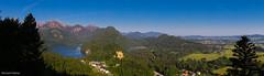 Panoramablick auf das Schloss Hohenschwangau von der Jugend aus (allgaeubilder) Tags: panorama bayern neuschwanstein schloss hohenschwangau alpsee schwangau schwansee schlosshohenschwangau allgu ostallgu