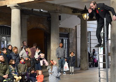 Street Performers at Covent Garden, London - 3 (Tony Worrall Foto) Tags: county street city uk greatbritain england people urban london english fun stream tour open place streetperformers candid south country capital visit location tourist southern buskers area coventgarden southeast update complex attraction busk entertain