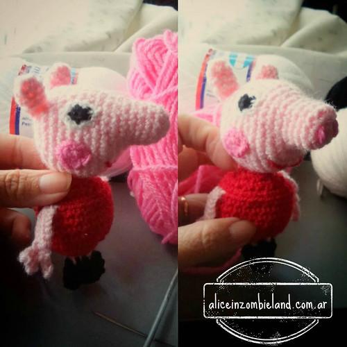 Cerdita Peppa Pig & George tejido a crochet - Llavero souvenir ... | 500x500