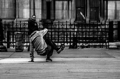 IMG_7732 (Nikan Likan) Tags: street white black paris field by vintage de lens photography prime hotel dance mechanical depthoffield mount works 1958 manual depth f28 ville manufactured ussr | 2016 krasnogorsk kmz 133mm tair11 m39m42