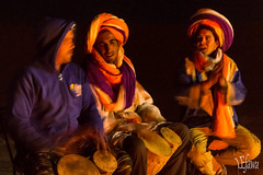 Músicos bereberes (LEJawa) Tags: music desert morocco desierto marruecos música berbers merzouga bereberes
