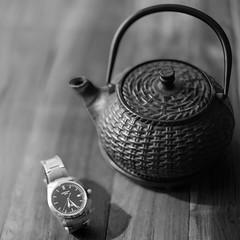 TeaTime (flouxgoux) Tags: clock time teapot