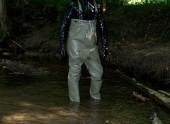 IM006843 (hymerwaders) Tags: rot water boots thigh overknee waders abuse wrecking stiefel watstiefel