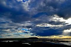 Genio, tenan mal genio... (Fede Arregui) Tags: clouds tormenta nwn pitillas