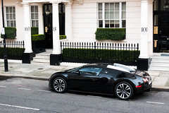 Belgravia find (Aimery Dutheil photography) Tags: london speed canon french amazing fast exotic turbo 164 carbon bugatti supercar w16 veyron belgravia londoncars 70d bugattiveyron hypercar veyron164 londonsupercars skedition