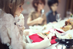 """""""Oh my god, I can't believe you guys haven't tried the new update!"""" (lightlybattered) Tags: christmas tree dinner ball miniature doll williams f16 michele bjd superdollfie volks cecile tae abjd fcs jointed balljointed sdgr sd17 volksdoll"""