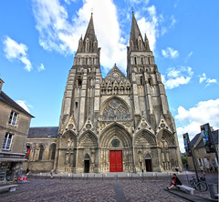 Bayeux Cathedral (lukedrich_photography) Tags: france building tower history church architecture facade canon religious design frankreich europa europe european catholic arch cathedral bell religion entrance culture front christian normandie normandy francia bayeux westerneurope フランス 欧洲 républiquefrançaise 法国 ヨーロッパ 프랑스 frenchrepublic 유럽 诺曼底 أوروبا европа bayeuxcathedral ノルマンディー франция فرنسا cathédralenotredamedebayeux بايو normanromanesque нормандия 노르망디 t1i canont1i نورماندي फ्रांस байе バイユー lacathédraledebayeux नॉरमैंडी 贝叶 바이외