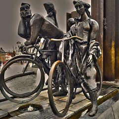 Bicycle Brugge (pg tips2) Tags: art bicycle wheel statue bronze cyclists belgium brugge eu bicycles cycle brugges veniceofthenorth
