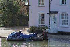 HOW TO BEAT THE FLOODS (mark_rutley) Tags: creek flood tide cottage hampshire watersports jetski hightide fareham farehamcreek