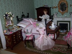 102_7532 (Large) (sheila32711) Tags: ladies miniature 112 boudior dollshouse ladiesboudior