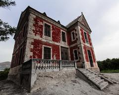 La Favorita (Neo2kteleco) Tags: old red house architecture casa rojo country murcia blanca favorita roja huerta