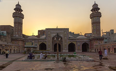 Masjid Wazir Khan (sbj.shah) Tags: pakistan sunset canon photography cityscape lahore masjid