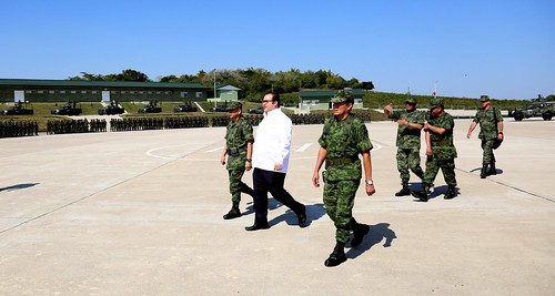 El gobernador Javier Duarte de Ochoa asistió a la Toma de Protesta y Posesión del GB DEM José Enrique Ávalos Pardo.
