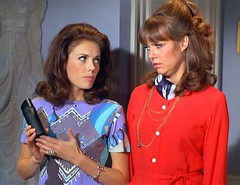 Men: what can you do (Vicki12692) Tags: barbarafeldon getsmart lynpeters