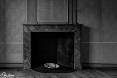 Old Fireplace (SkyBlue Photography Pro) Tags: life light bw white black holland detail eye classic netherlands monochrome dutch lines architecture composition painting grey licht still exposure utrecht painted nederland master study lumiere lonely copyspace drama zwart wit grijs