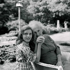 Patty Duke (died March 29, 2016) on the set of the Miracle Worker with Helen Keller the role for which Duke received the Academy Award for Best Supporting Actress. At 16, Duke was the youngest person at that time to have received an Academy Award in a com (Histolines) Tags: history set that person for was keller march with time miracle award duke an best retro have helen actress timeline worker 16 29 academy patty category which youngest 1961 supporting received died role competitive 2016 vinatage at 1280x1280 historyporn histolines httpifttt1sxlqpj