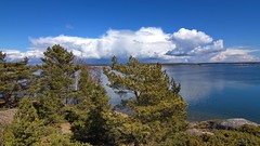 Landscape from R island, Finland (Holtsun napsut) Tags: park sea suomi finland landscape island outdoor east tokina national meri itmeri kansallispuisto saari 1116mm r patikointi