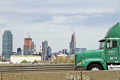 r_160428374_kos_a (Mitch Waxman) Tags: newyorkcity newyork construction scaffold greenpointbrooklyn newtowncreek laborers constructionequipment kosciuszkobridge nysdot dukbo