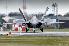 F-22 taxiing in at Lakenheath (DrAnthony88) Tags: uk england suffolk fighter aircraft aviation raptor transformers planes stealth f22 usairforce lockheedmartin 5thgeneration raflakenheath nikond810 modernmilitary jellyair nikkor200400f4gvrii