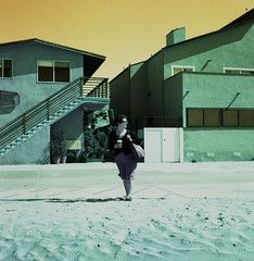 Blustery Venice Beach (spcycuttlefish) Tags: travel mediumformat lomo turquoise 120film yashicamat lomochrome