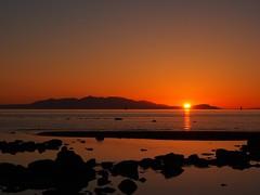 Sunset behind Isle of Arran seen from Barassie beach Troon (cmax211) Tags: beach scotland clyde sundown blurred isle arran firth goatfell troon lowcontrast ayrshire barassie mediumquality