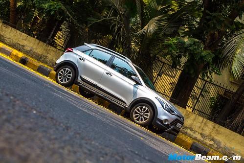 Hyundai-i20-Active-Long-Term-10